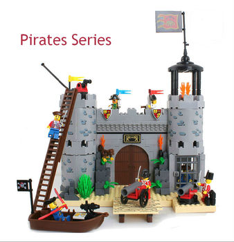 Chiarisca 310 Educativo di DIY Pirati Serie Corsair-Rob Barrack 366 pz Monta il Building Blocks Mattoni Regalo fai da te giocattoli